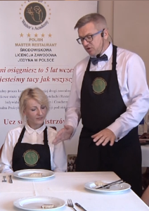 Kelner – Resztkowanie. Zasada Zbierania Brudnych Talerzy ZeStołu